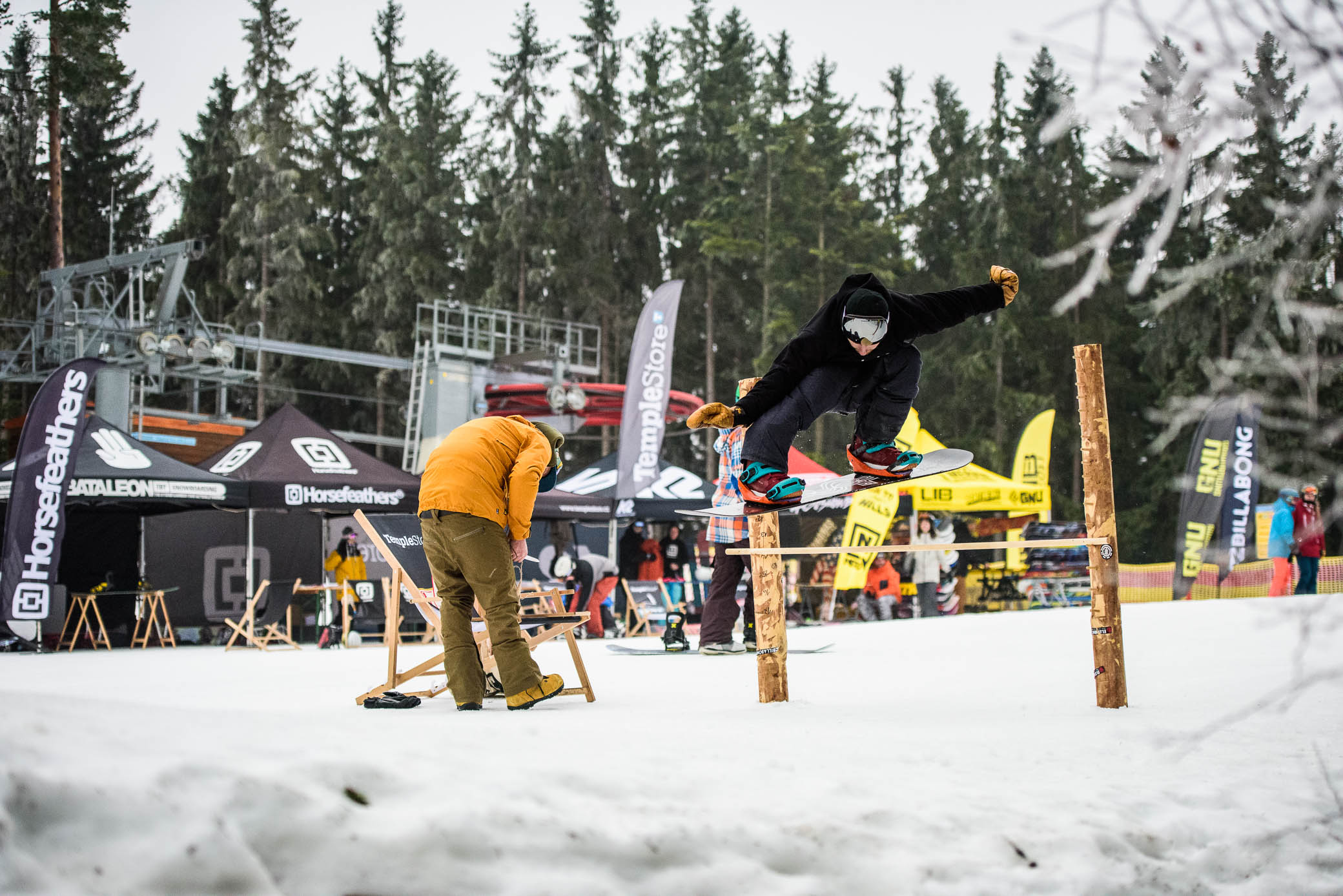 Temple Snowboard Days